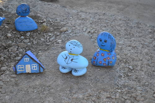 Little blue stone figures