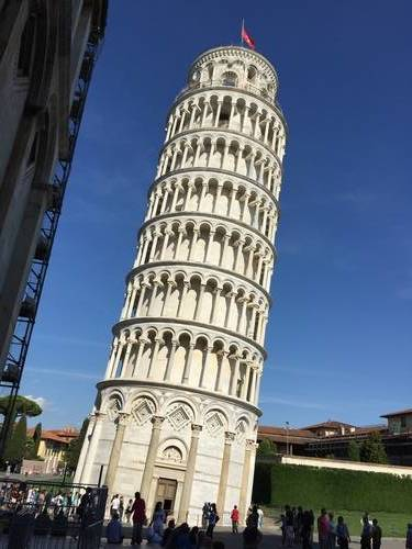 "An Up-Close Glimpse at the ""Leaning Tower of Pisa"""