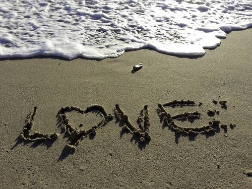 Love Carved In The Sand